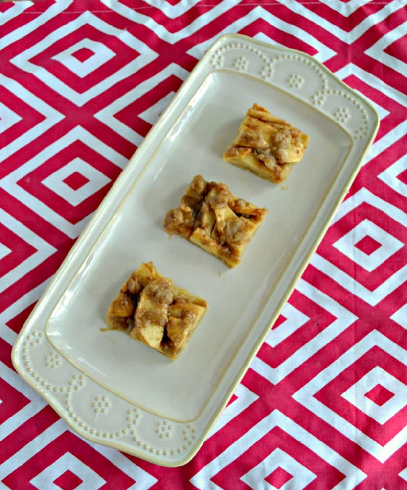 Apple Crisp and Shortbread Cookie Bars in one awesome fall dessert!