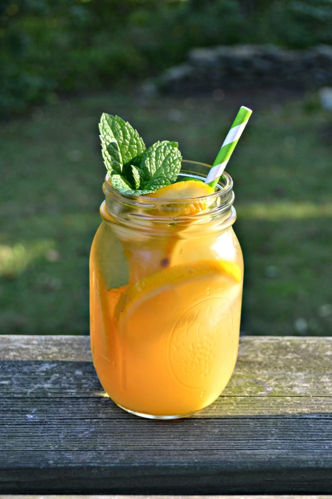 Sip on this amazing Orange Mint Iced Tea that is lightly sweetened.
