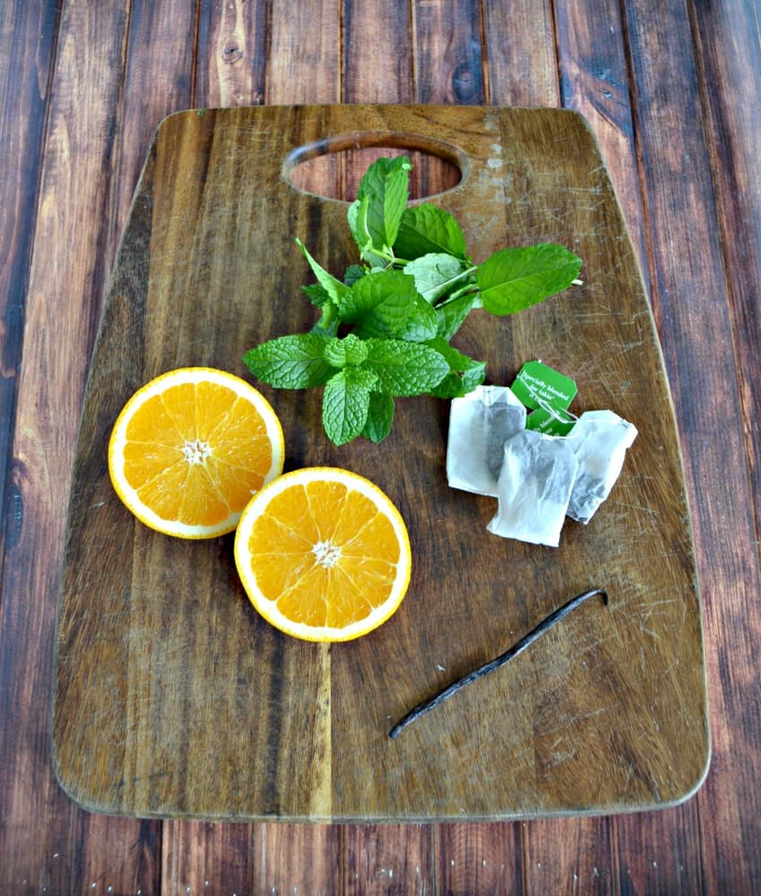 Everything you need to make Vanilla Orange Iced Tea