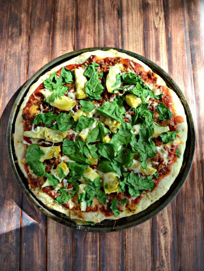 Love this spicy flavors in this Spinach, Chorizo, and Artichoke Pizza!