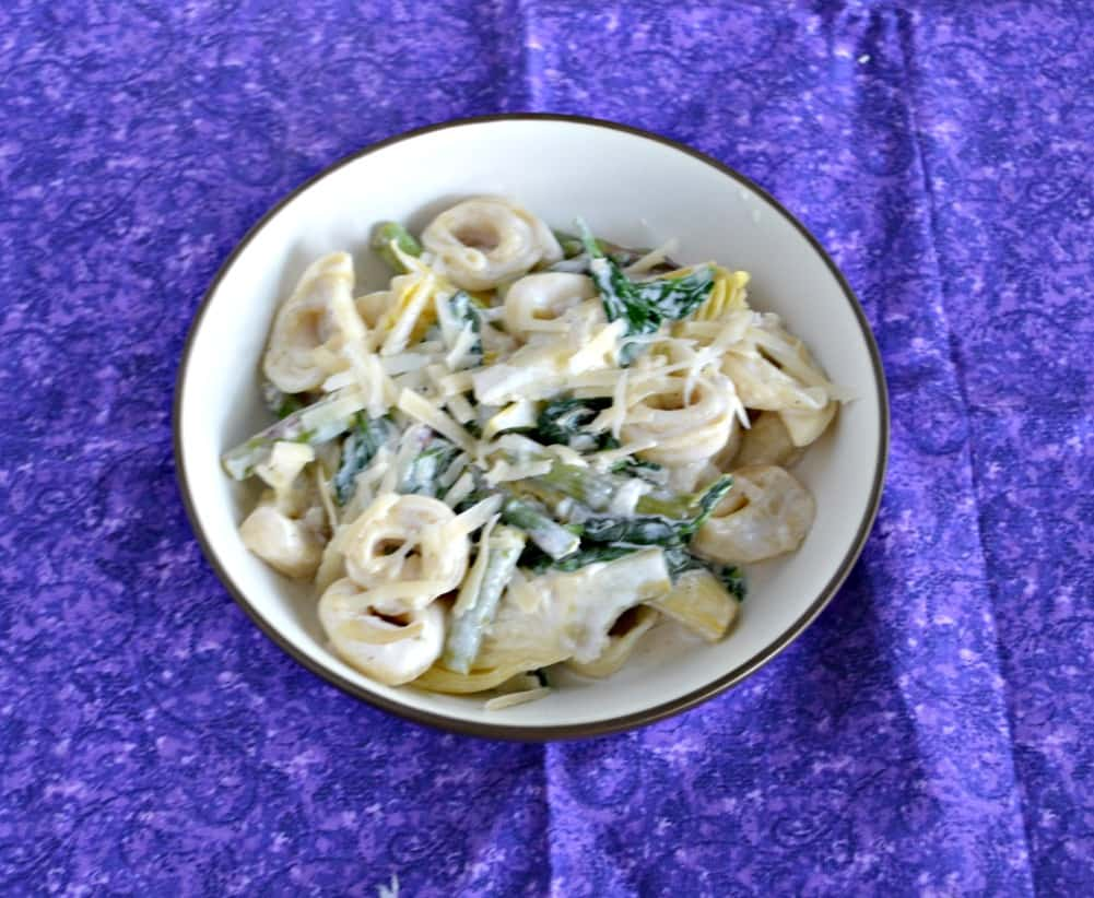Love this delicious Spinach Artichoke Tortellini with Creamy Lemon Sauce