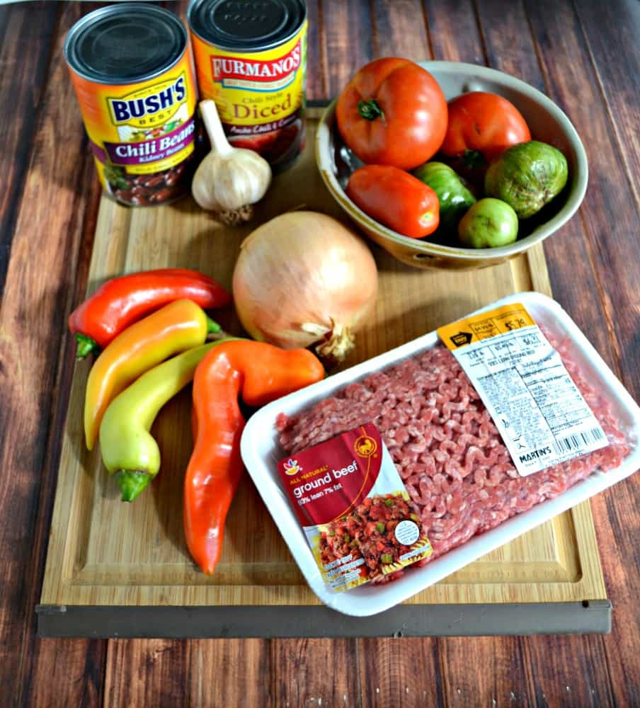 Everything you need to make a fresh and delicious Smoky Chipotle Chili!