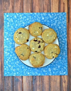 Like Starbucks Cranbery Bliss Bars? Then you'll love these Cranberry Bliss Bar Cookies!
