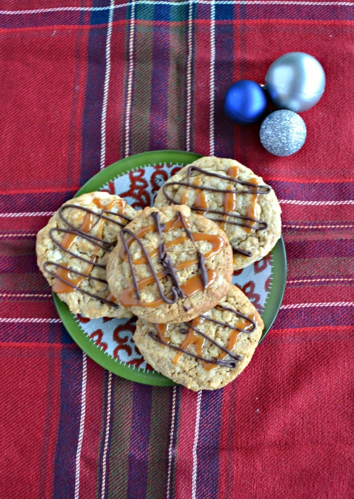 Looking for the perfect cookie? Then try my Caramel Macchiato Cookies drizzled with caramel and chocolate!