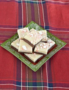 Peppermint Bark Fudge #FoodGifts