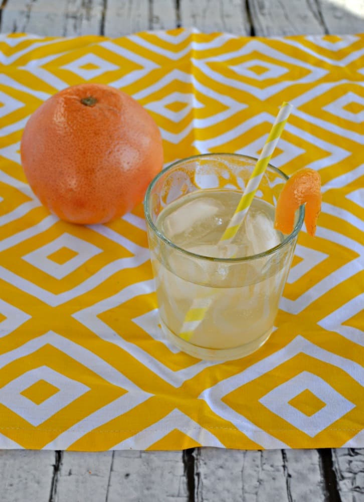 Looking for a delicious homemade soda? Try this tasty Grapefruit Soda with no artifical flavors, colors, or caffeine!