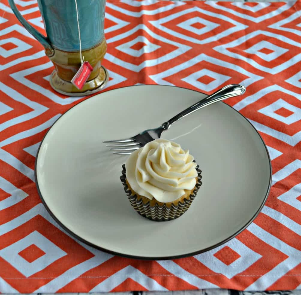 Need a mid-day pick me up? Grab one of my Vanilla Chai Cupcakes with Orange Frosting with a mug of Bigelow Tea!