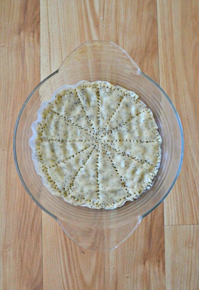 Make Lemon Poppyseed Shortbread Cookies in a pie pan!