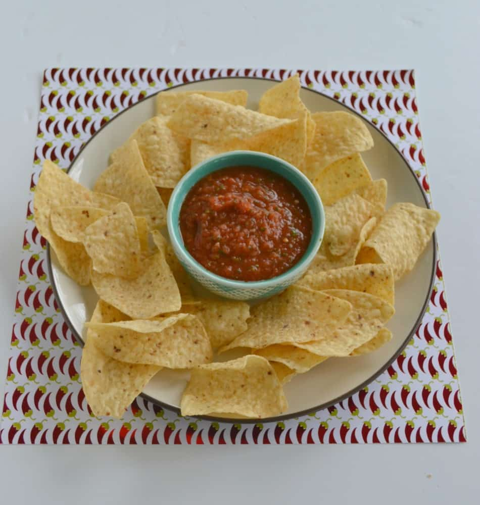 Get ready for Cinco de Mayo with this Easy 5 Minute Restaurant Style Salsa recipe!