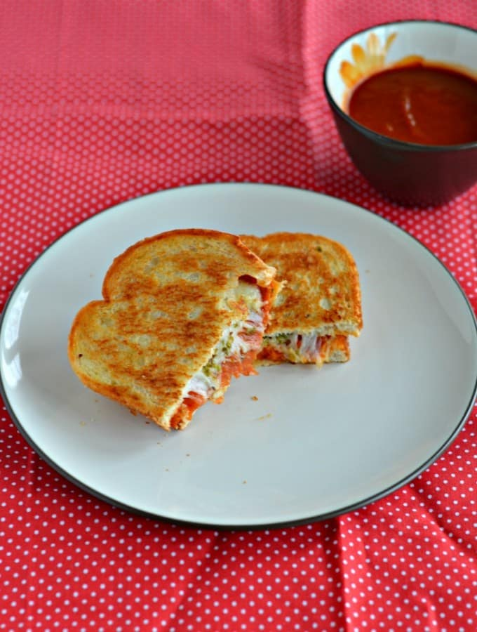 The kids will love this Pizza Grilled Cheese Sandwich with Marinara Dipping Sauce