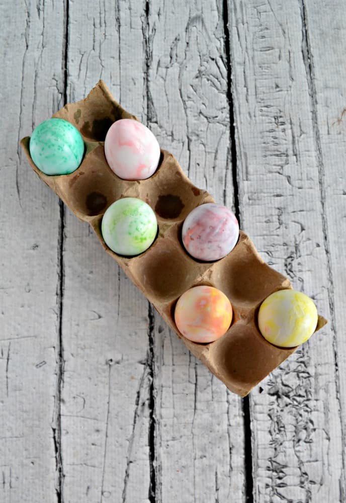Looking for a new way to decorate Easter eggs? Try these pretty swirled Easter eggs with shaving cream!