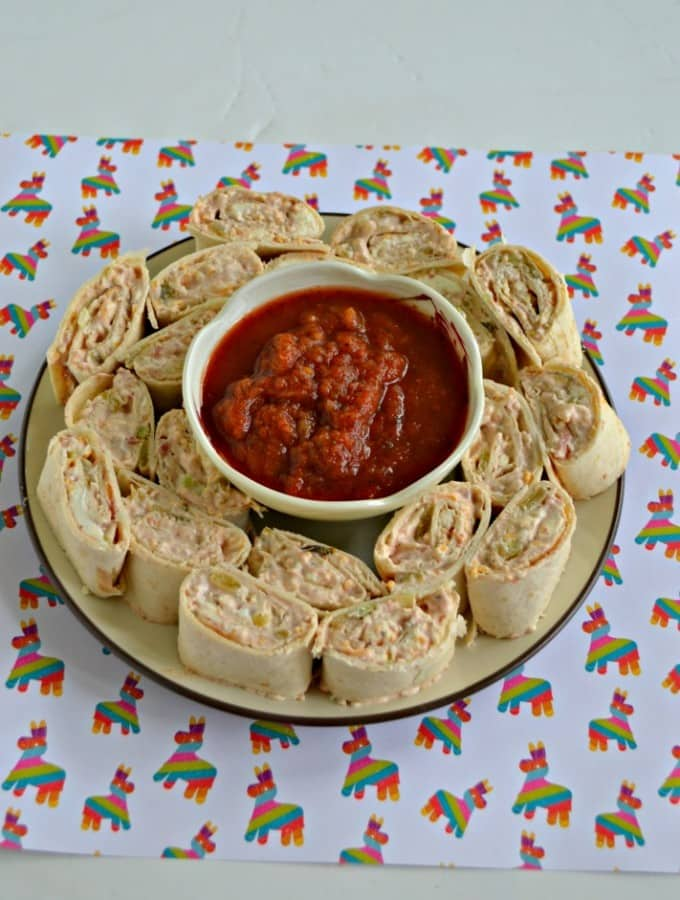 Looking for an easy appetizer? Try these delicious Fiesta Pinwheels!