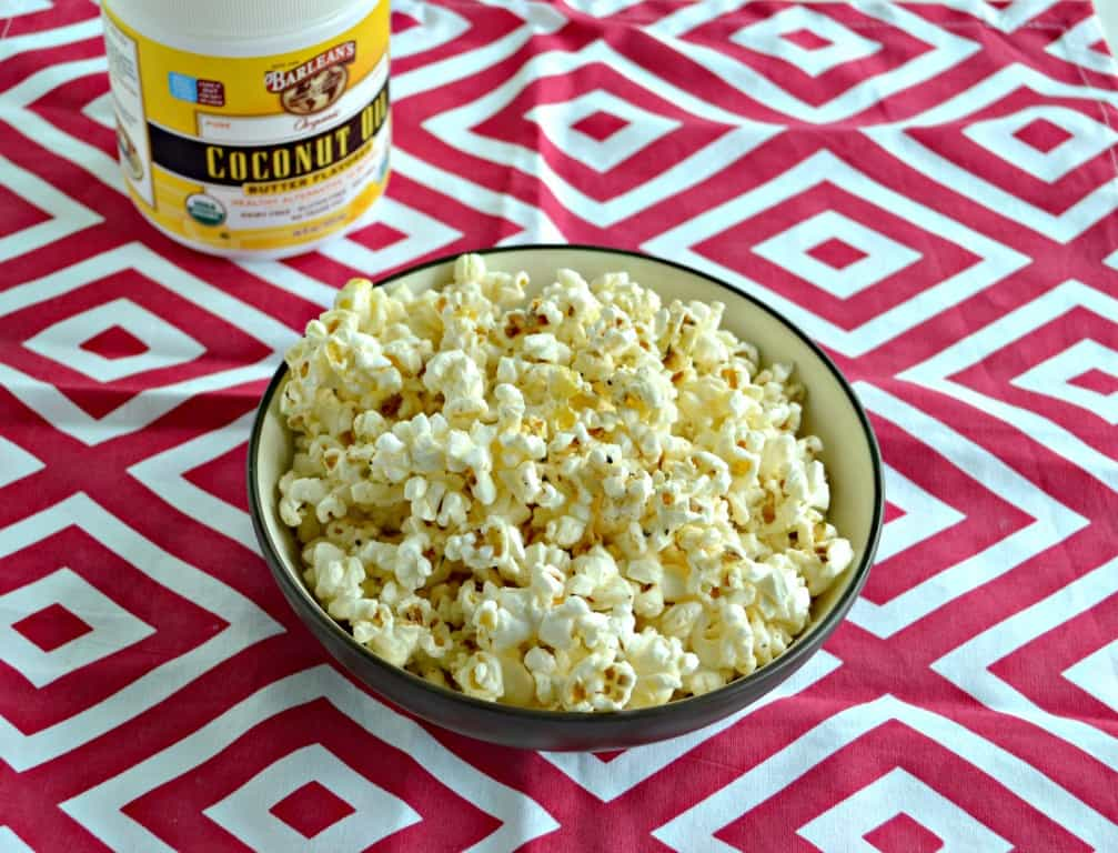 Love this delicious Pizza Flavored Popcorn with Barlean's Butter Flavored Coconut Oil!