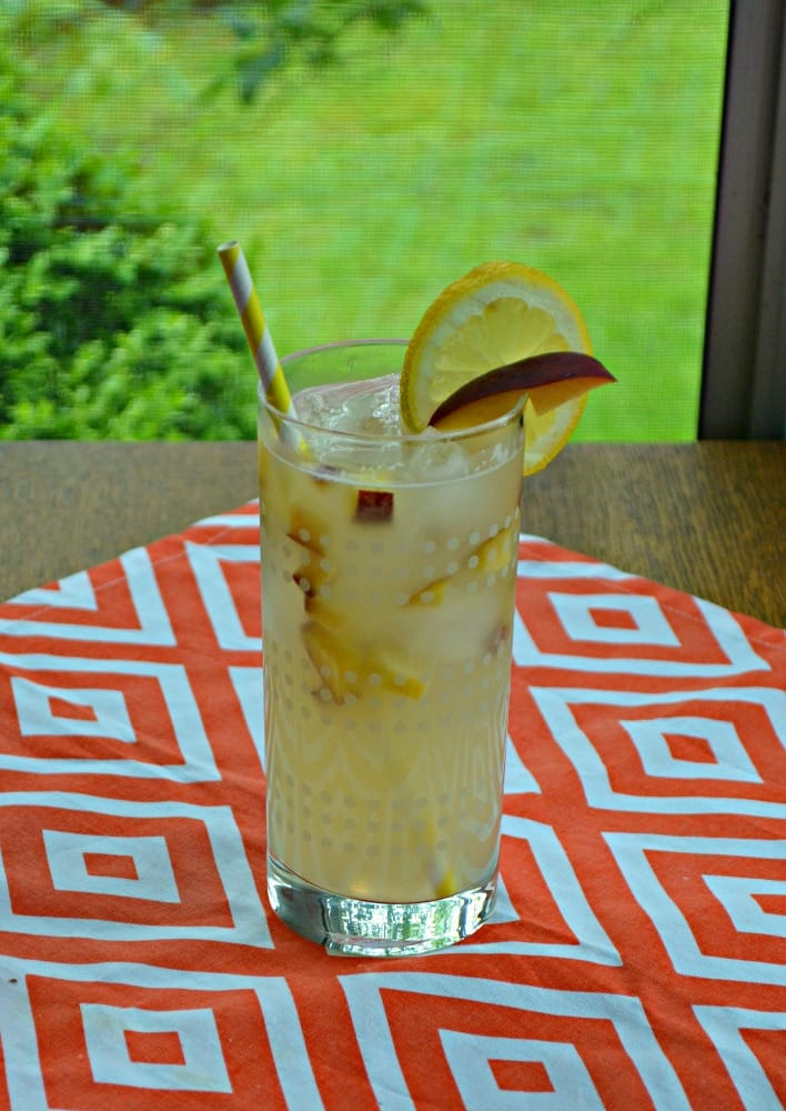 Cool off with this refreshing Spiked Peach Lemonade!