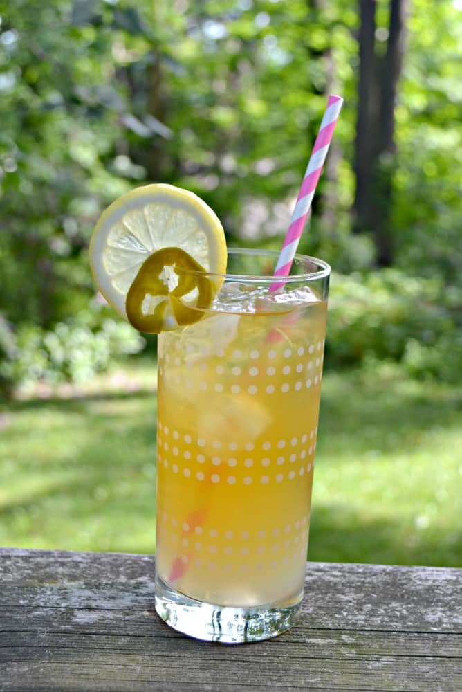 You'll want to sip on this Sweet and Spicy Arnold Palmer all summer long!