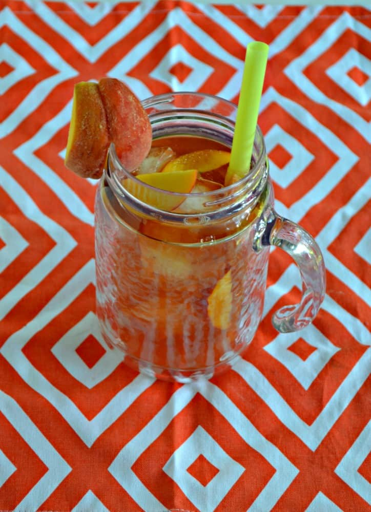 Need a refreshing drink to help you cool off this summer? Try this tasty Peach Iced Tea!