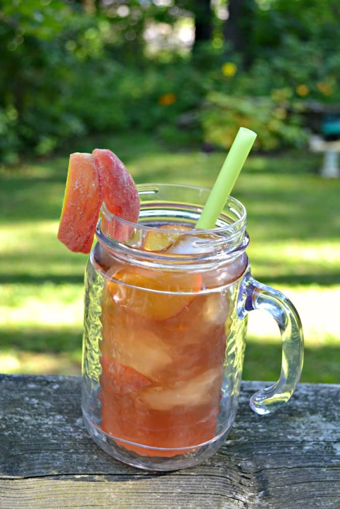 Cool off with a glass of Peach Iced Tea!