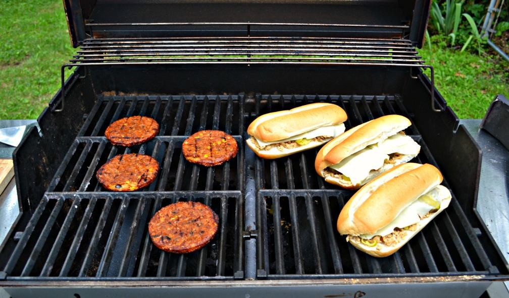 Grill up a delicious vegetarian meal with Morning Star Farms Spicy Black Bean Burgers and Vegetarian Grilled Pulled Pork Cuban Sandwiches