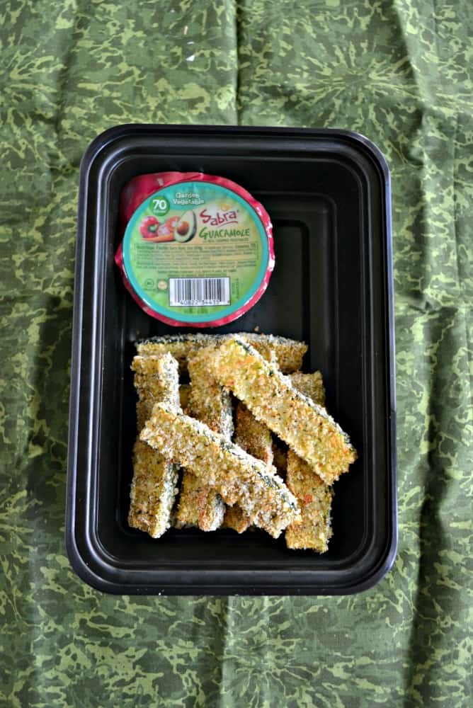 Looking for a tasty school lunch? Pack yourself these delicious Baked Zucchini Sticks with Sabra Guacamole Singles!
