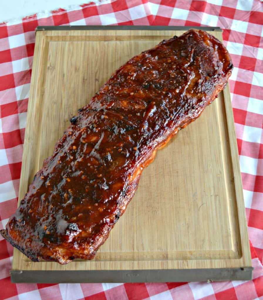 Looking for a Labor Day entree? Try these delicious Smithfield Extra Tender Fresh Pork Spareribs with homemade BBQ Sauce!