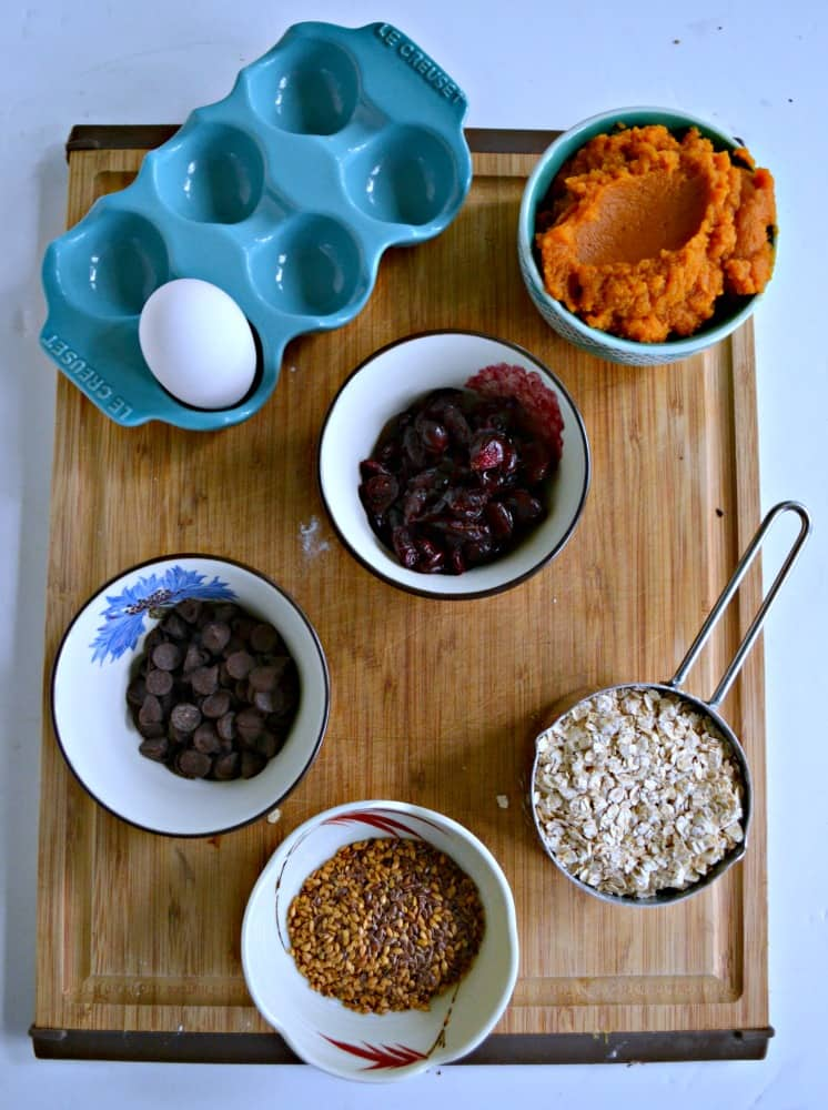 Everything you need to make tasty Pumpkin Oatmeal Cups!