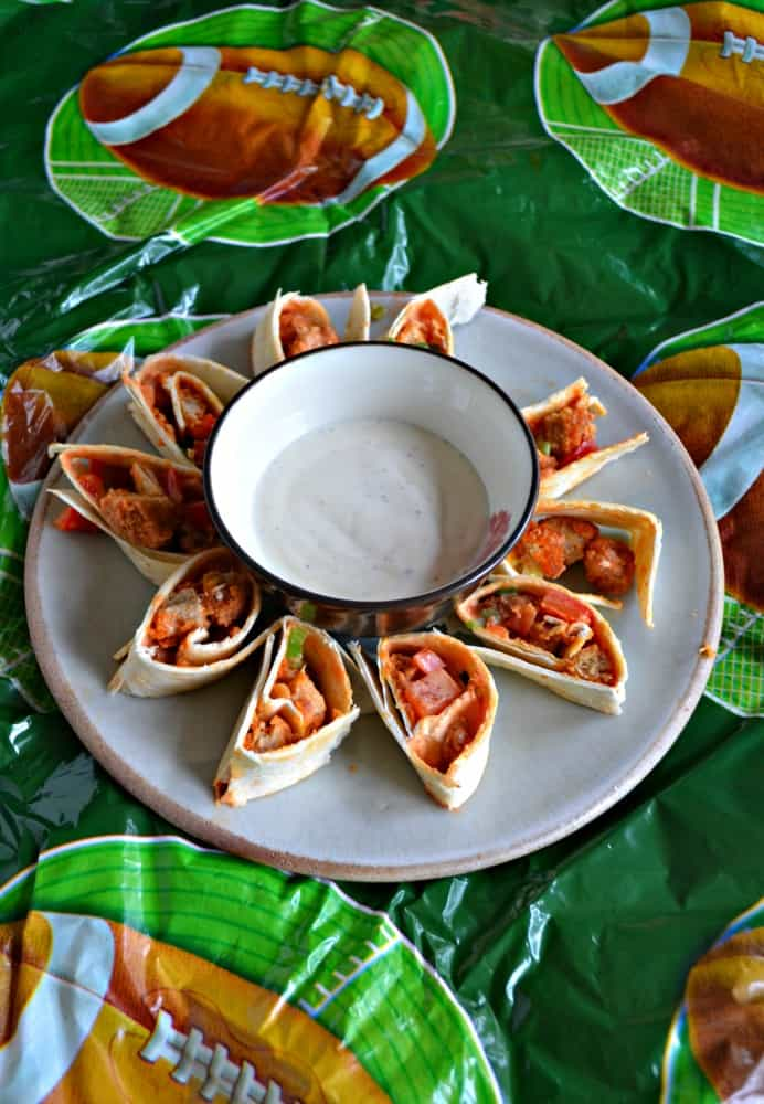 Even meat lovers will enjoy these Vegetarian Buffalo Wing Pinwheels