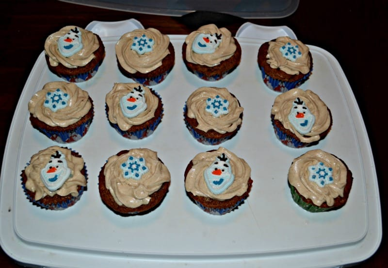 Love these fun Gingerbread Cupcakes!