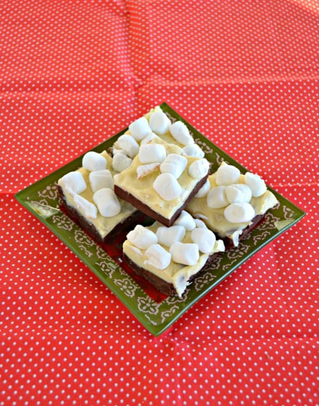 Take a bite out of this fun Hot Cocoa Fudge!