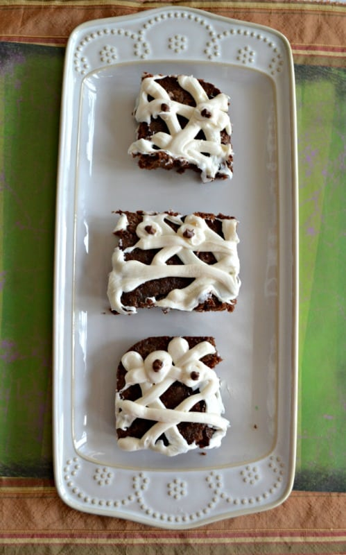 Just 3 ingredients make these fun Mummy Brownies!