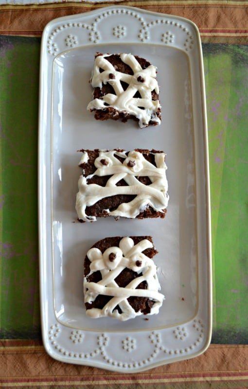 Just 3 ingredients make these fun Mummy Brownies for Halloween!