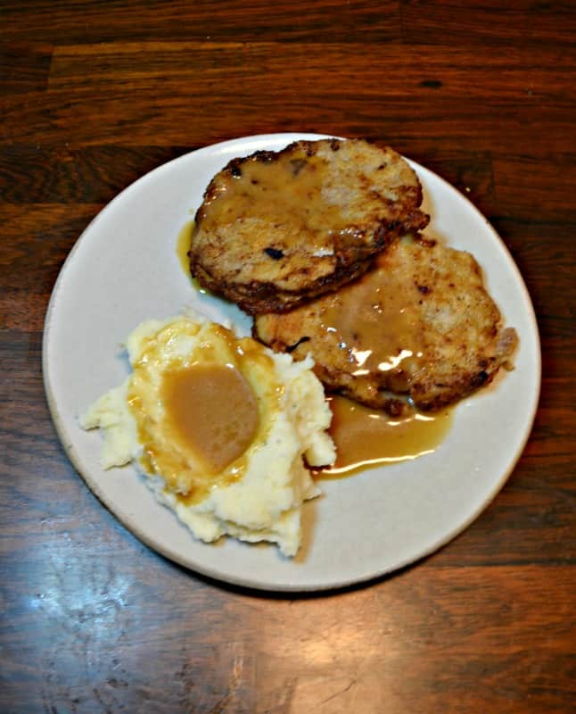 Need comfort food to get you through the cold weather? Try this Country Fried Steak with Red Eye Gravy and mashed potatoes