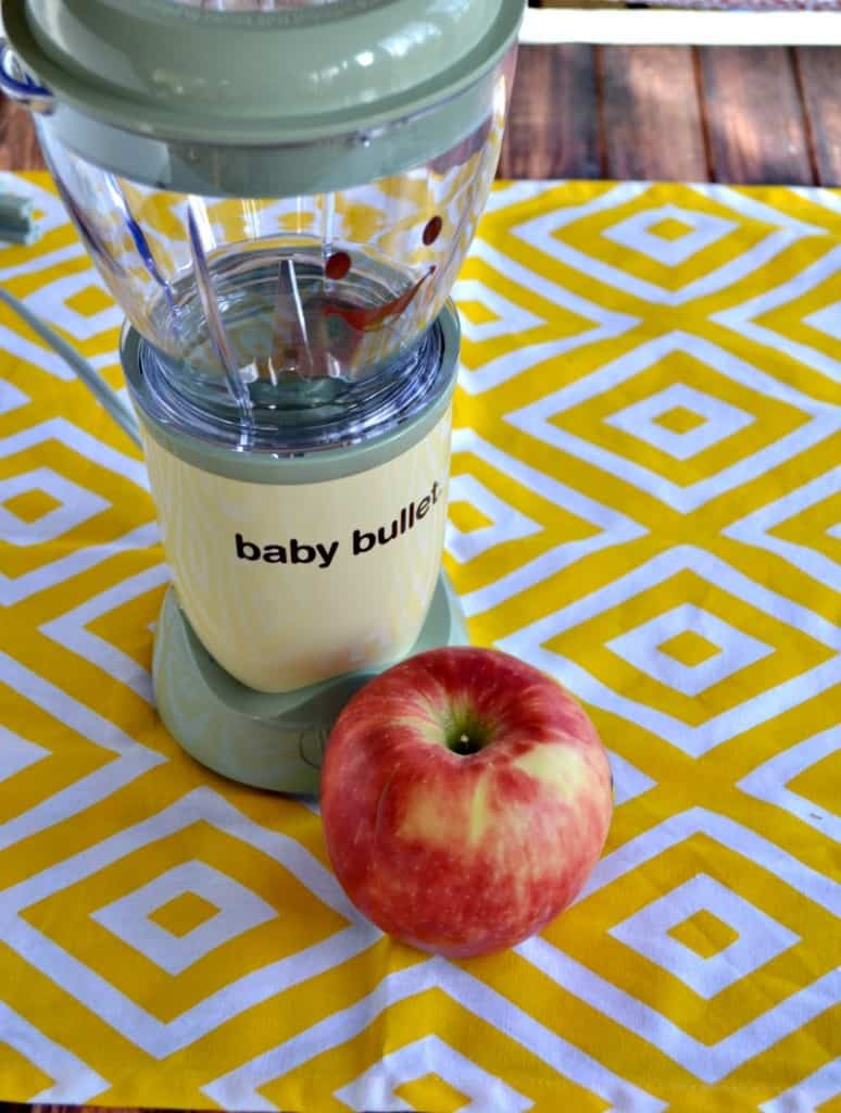 Using the Baby Bullet to make Apple, Peach, Carrot Puree