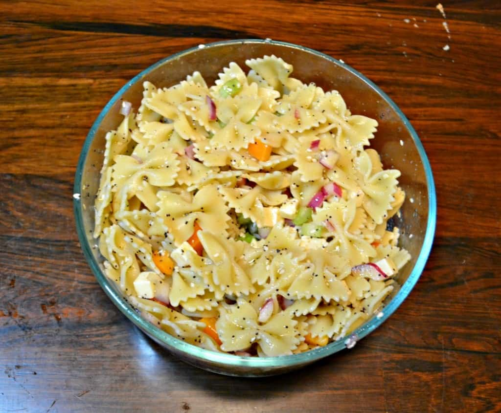 Love pasta salad? Give this Everything Bagel Pasta Salad a try!
