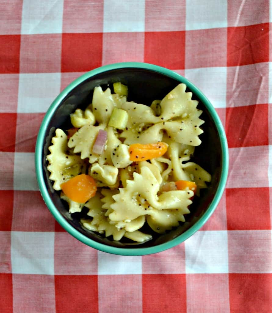 Looking for a summer time side dish? Try my EVerything Bagel Pasta Salad!