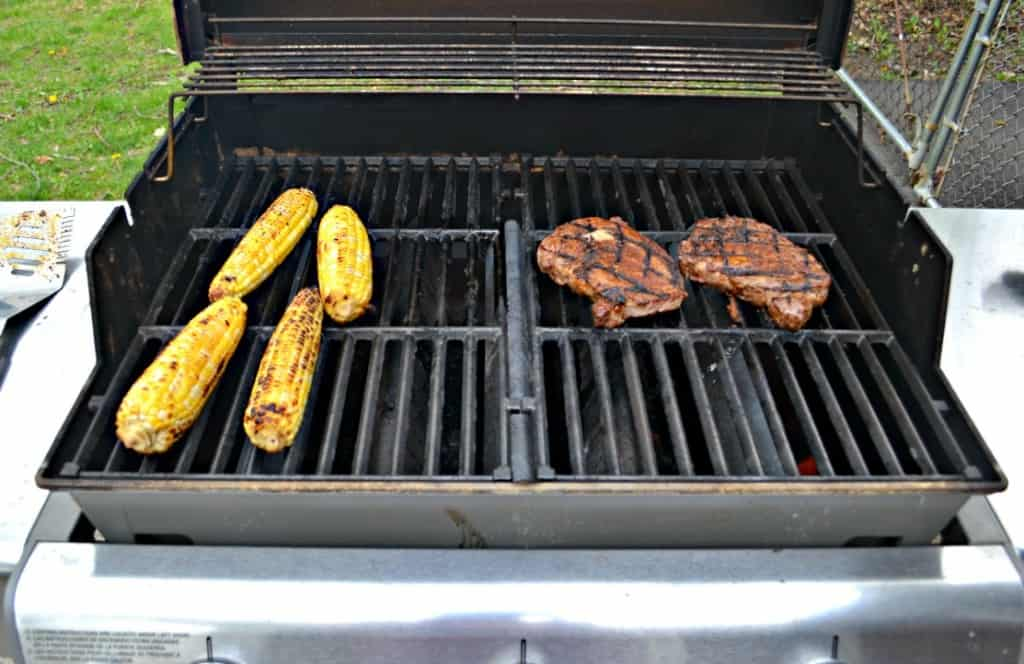 It's easy to make dinner on the grill with Grilled Southwestern Steaks and Mexican Street Corn