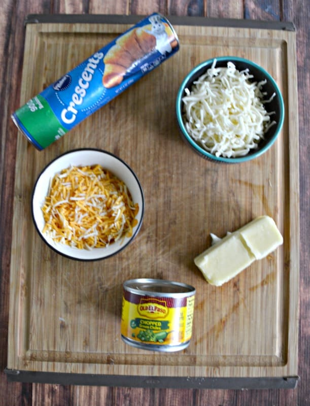 Everything you need to make Cheesy Mexican Pull Apart Bread