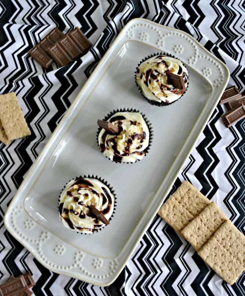 Kids and adults will love these S'mores Cupcakes!