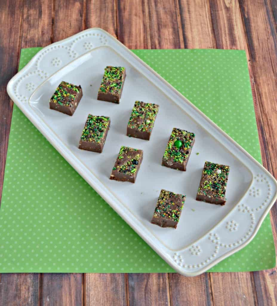 Get ready for St. Patrick's Day with this awesome Peppermint Brownie Batter Fudge!