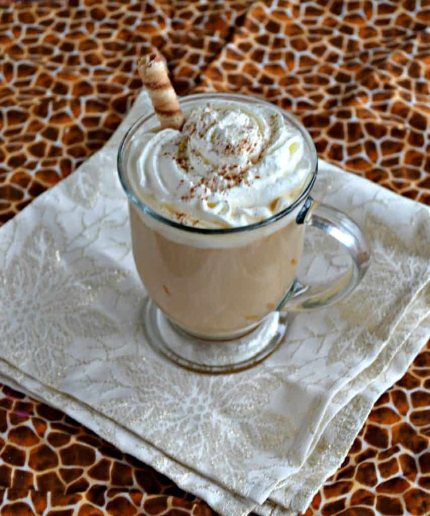I can't get enough of this Cinnamon Cookie Butter Latte this winter!