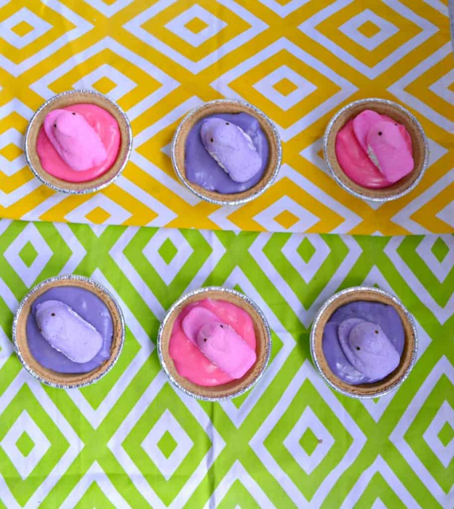 Kids will love helping to make these Pastel PEEPS Mini Pudding Pies