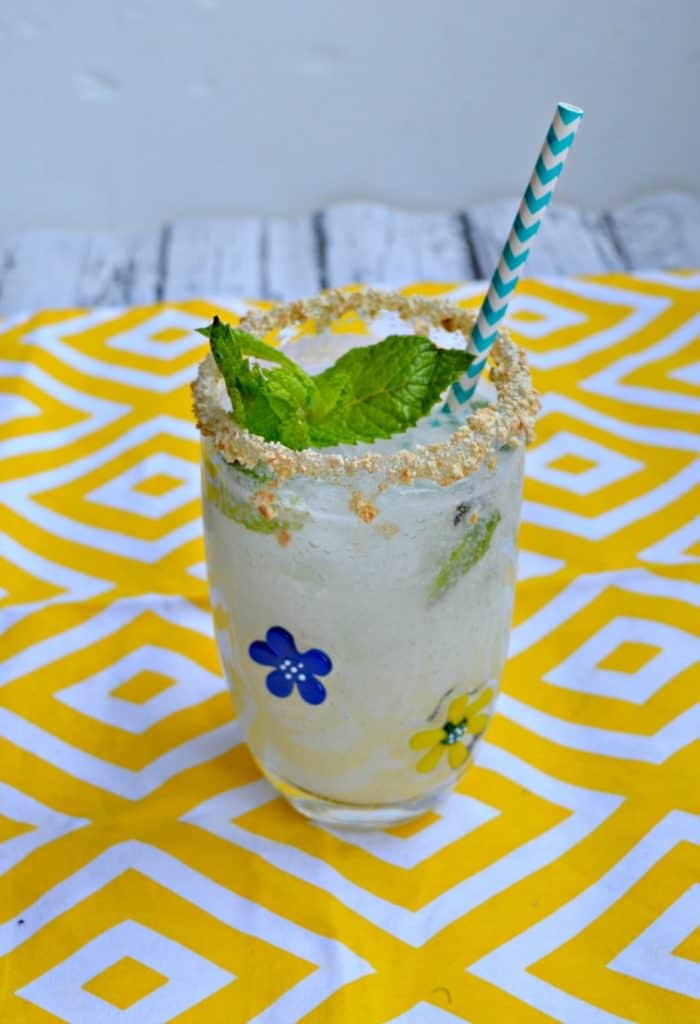 Sip on this refreshing Key Lime Pie Mojito all summer long!