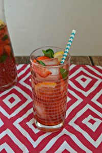 Strawberry Hibiscus Iced Tea #EasterBrunchWeek