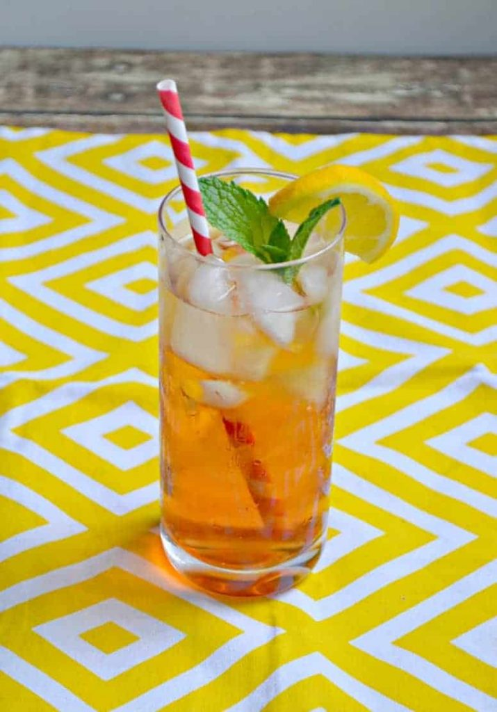 Sip on a Sparkling Peach Iced Tea this summer