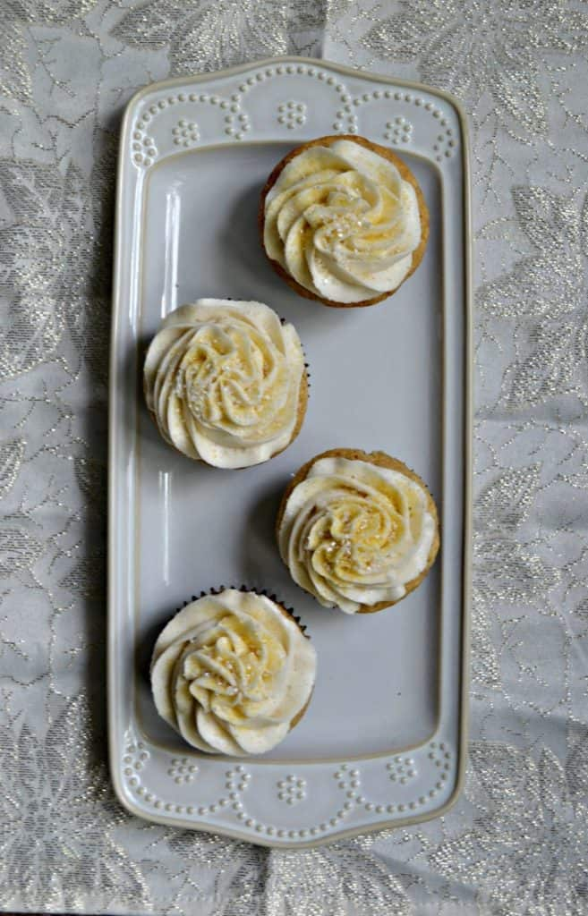 Brown Sugar Cinnamon Cupcakes with Cinnamon Frosting