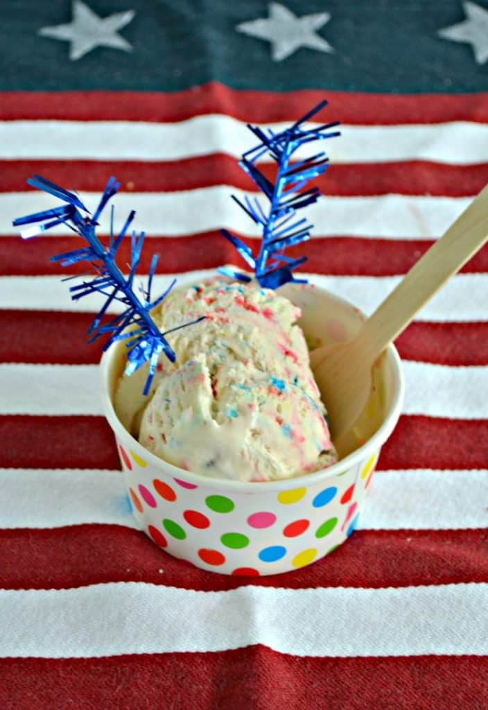 No ice cream maker? No problem! Check out this fun (and easy!) No Churn Patriotic Funfetti Ice Cream recipe