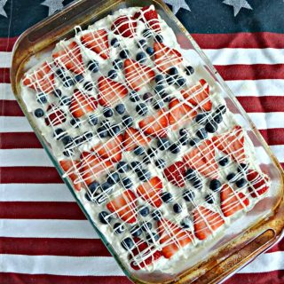 Take this No Bake Patriotic Summer Berry Icebox Cake to all your picnics and parties this summer!