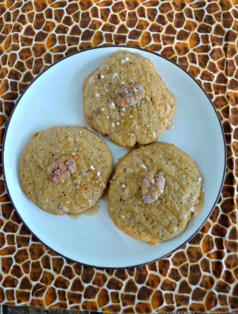I'm loving these flavorful Cinnamon Maple Pecan Cookies!