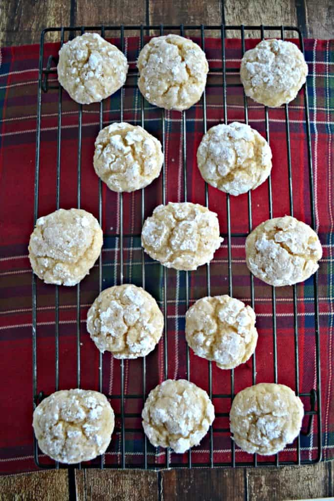 Eggnog Crackle Cookies are the perfect holiday cookie