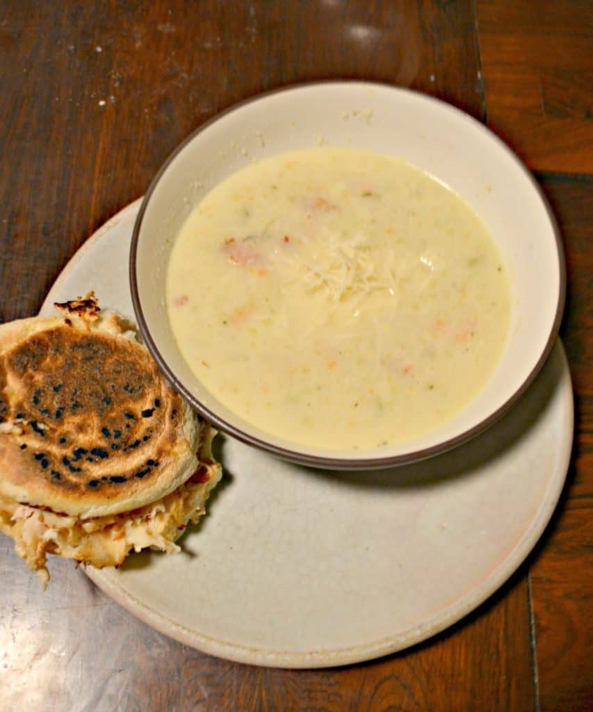 Creamy Cauliflower soup with Grilled Cheese