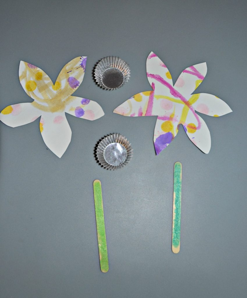 Pieces for a flower craft